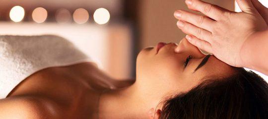 massage Shiro Abhyanga